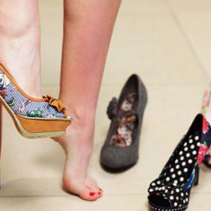 Langkah Mengatasi Masalah Nyeri Akibat Penggunaan High Heels