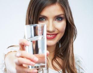 Minum Banyak Air Putih