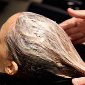 Meluruskan Rambut Dengan Susu Sapi