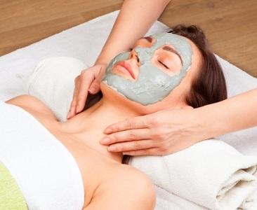 Cara Membuat Masker Alami Penghilang Jerawat