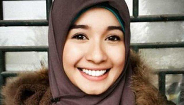 Hijab Pashmina Sifon Simple Untuk Wajah Bulat