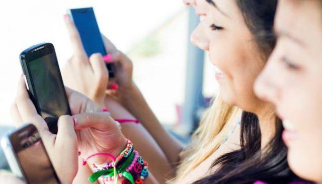 Dampak Yang Ditimbulkan Akibat Kecanduan Smartphone