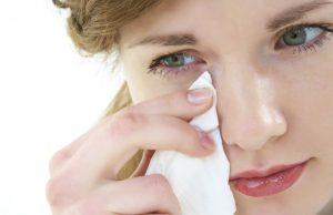 5 Cara Efektif Untuk Mengatasi Mata Perih Karena Cipratan Cabai