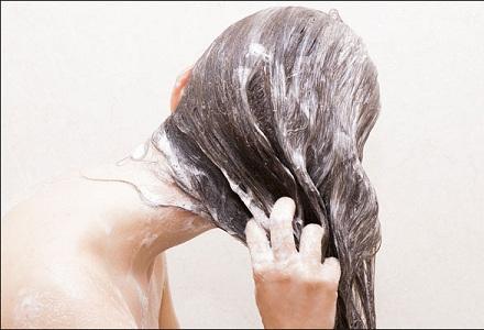 Ini Dia Tips Mengatasi Rambut Kering!